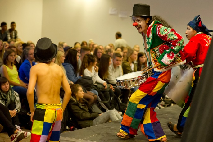 Fællestime med Teatro Trono fra Bolivia