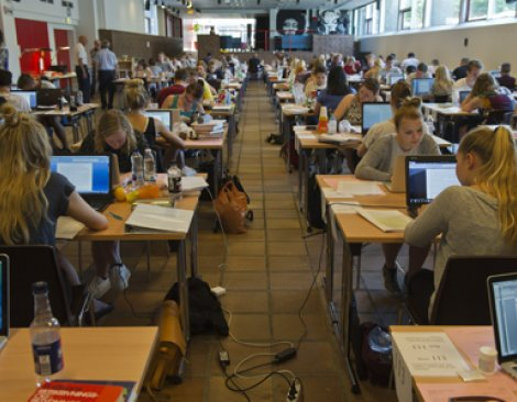 Elever til skriftlig eksamen
